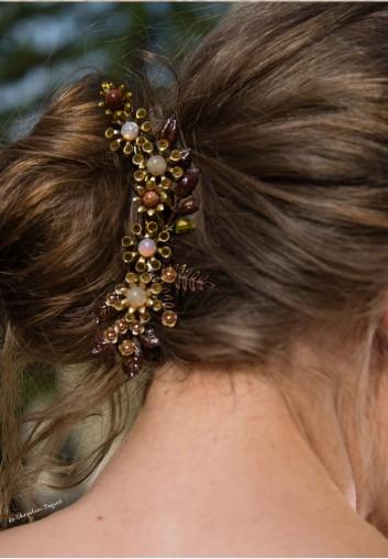 Peigne Cheveux Fleurs Peintes et Pierres Gemme