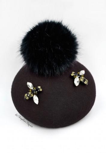 béret noir pompon fourrure