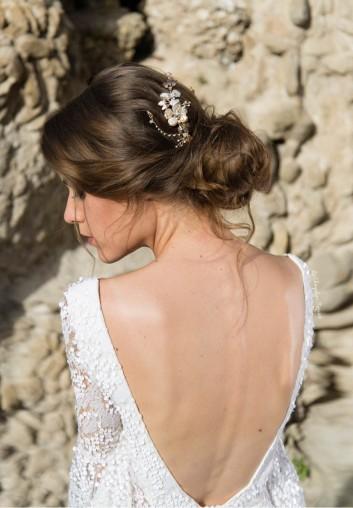 location couronne de mariee en nacre avec fleurs