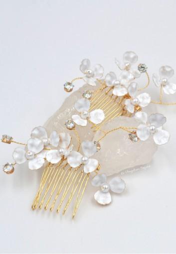 Location Accessoire de Mariage - Peigne Cheveux à Fleurs et Perles