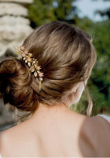Location Peigne Cheveux Mariage en Feuilles et Quartz Rose