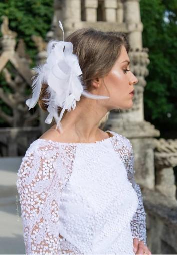 Chapeau Fascinator de Mariage Blanc en Location