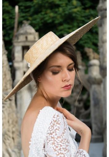 grand chapeau de paille en location pour femme pour mariage